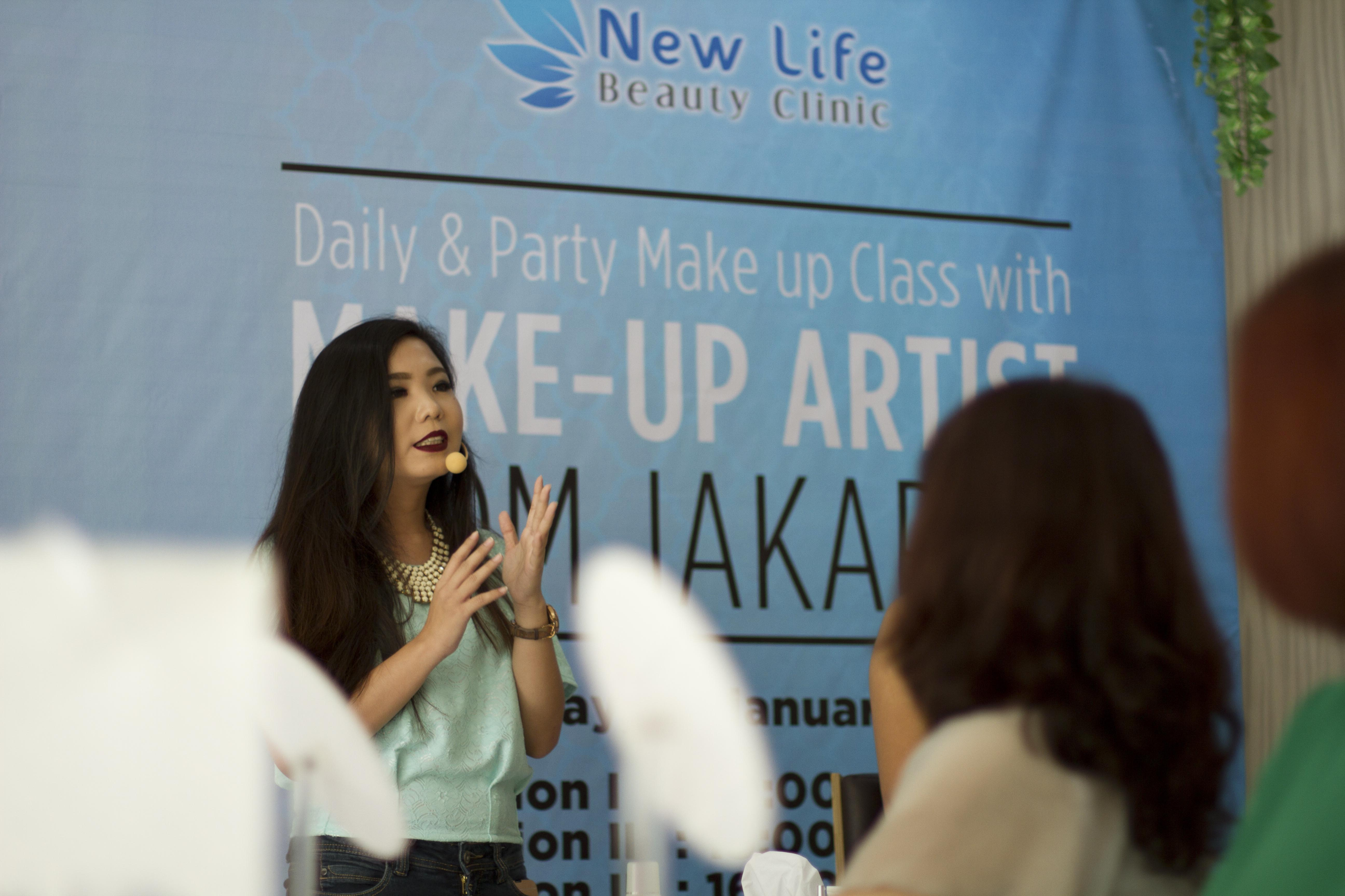 new beauty class with make up artist from jakarta stefany